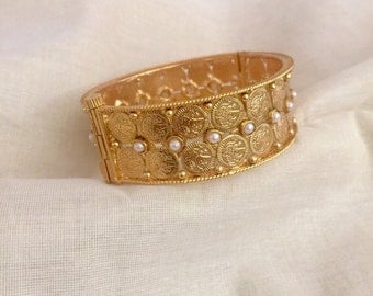 Gold plated openable Lakshmi coin bangle/indian jewelry/bollywood/indian wedding/indian bridal/bangle bracelet/ pearl and goldbangle/ethnic