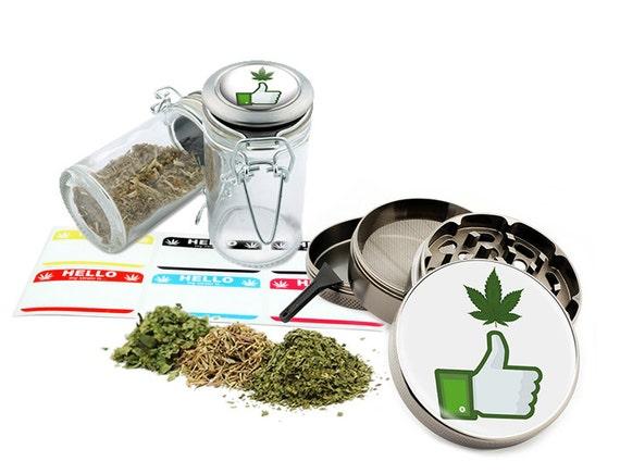"""Best Leaf - 2.5"""" Zinc Alloy Grinder & 75ml Locking Top Glass Jar Combo Gift Set Item # G50-102215-8"""