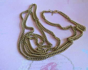 Vintage Trifari Flapper Opera 55 in Long Chain Necklace