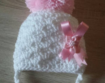 Croochet baby girl pom pom hat