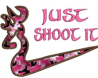 Just shoot it-Deer applique,4 sizes, 8formats(dst,exp,jef,hus,pes,vip,sew,xxx),instant download,1 zip file