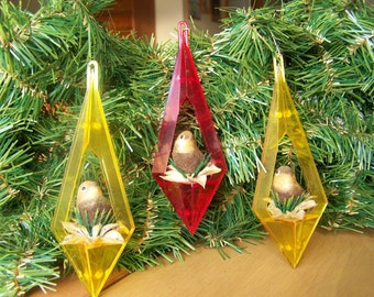 Set of 3 Vintage Christmas Ornaments - Birds in nests - Circa 1960s