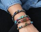 Bracelet tissu ethnique, bracelet brodé avec chaîne émaillée, 4 variations, Made in Paris, idée cadeau noel, cadeau copine, cadeau moins 30e