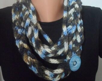 Multicolor  Handknit Cowl Chain