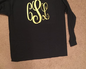 Long sleeve or short sleeve monogram shirt.