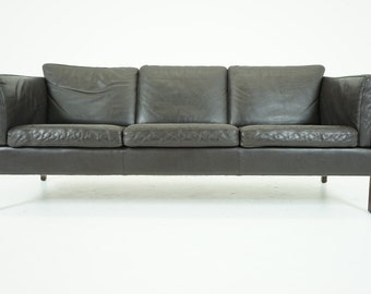307-082 SALE! Danish Mid Century Modern Brown Leather Sofa Couch