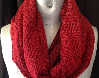 Infinity scarf, red knit