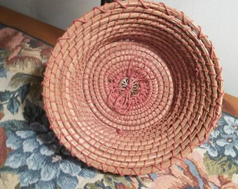 Button and Bow Pine Straw Basket