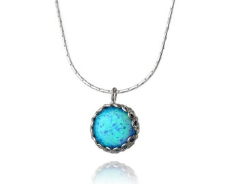 New luxury Silver Necklace with Opal.