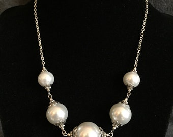 Large crystal pearl beaded necklace