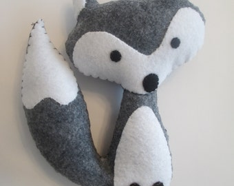 Adorable felt fox, wolf, stuffed animal, doll, plushie, softie, feltie, nursery decor, fall decor