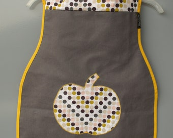 Long bib from oilcloth fabric