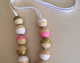 Pink and gold color block necklace