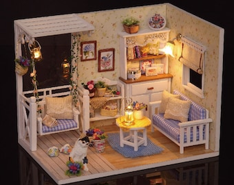 Kitten Room Diary Dollhouse DIY Kit