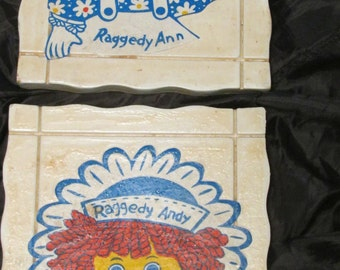 Vintage-Handmade-Raggedy-Ann-and-Andy-Wall-Plaques-Decoration