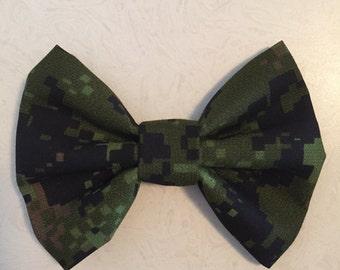Caspar Canadian military bow