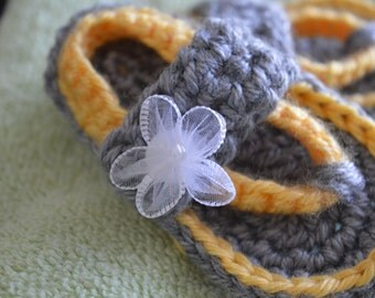 Crochet baby flip flop, strap flip flops, flower sandals, Newborn flip flop, Baby Shoes