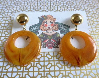 Forever Amber hoop earrings // Vintage lucite // 50s style