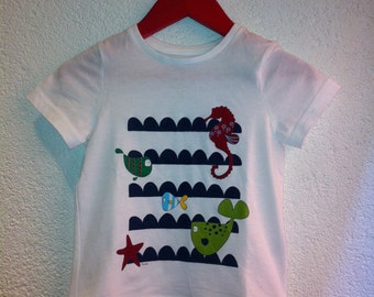T-shirt for children with colorful fish