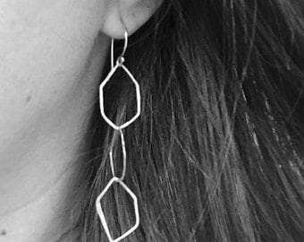 Gem earrings with white fresh water pearls