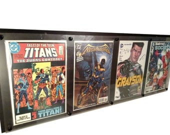 4 wide Comic Display