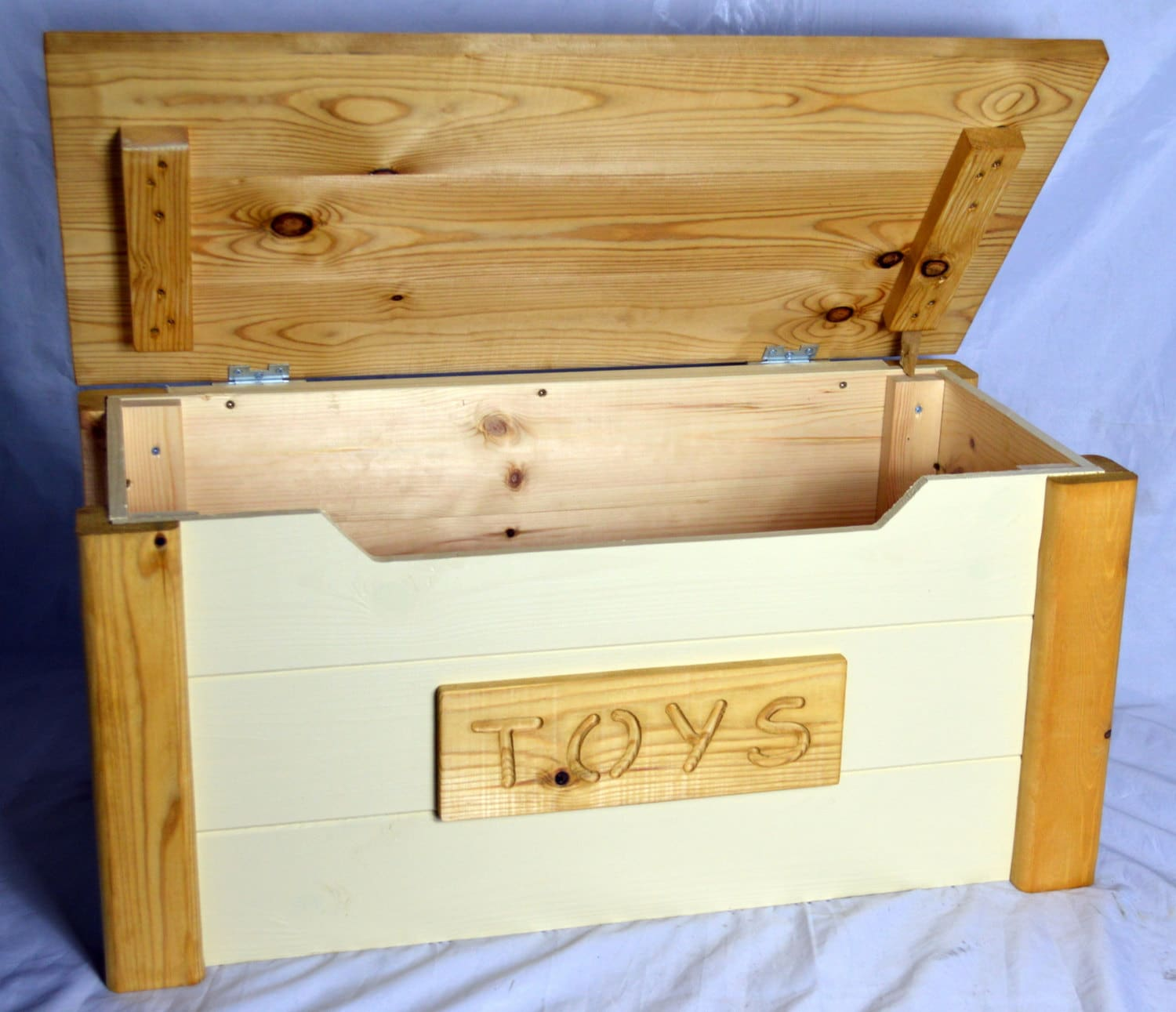 Handcrafted Wooden Rustic Pine Trunk Chest Toy Box Shabby ...
