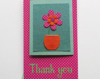 60 CUTE FASHION TAGS Price/Gift Tags Orange & Green Thank You With Flower Polka Dots Plastic Loop Pins