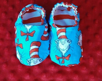 Reversible Dr Seuss baby shoes. Crib shoes. Soft soled shoes