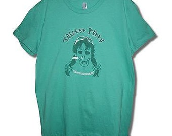 "Twisted Pippy ""chick with the dragonfly"" T-shirt, teal/green, available in S, M, L, XL, XXL in either girly cut or regualr fit"