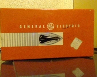Vintage General Electric Travel Iron w/ Box