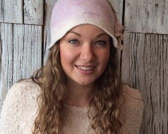 Petal - felt hat, wet felted hat, pink hat, pink cloche, cloche, felt hat for women, felt flower, flapper hat, 1920s hat