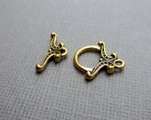 Antique Gold Victorian Toggle Clasp Set by TierraCast Loop & Bar Clasp 16mm Pewter