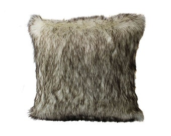 Tundra Wolf Faux Fur Throw Pillow with Filler (FF-BARDOT)