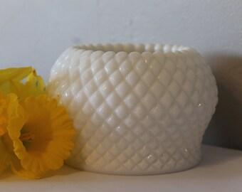 Vintage Westmoreland Milk Glass Vase, Milk Glass Vase, Westmoreland Milk Glass Vase, Wedding Decor