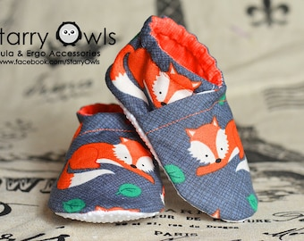 Tula Sly Baby Booties