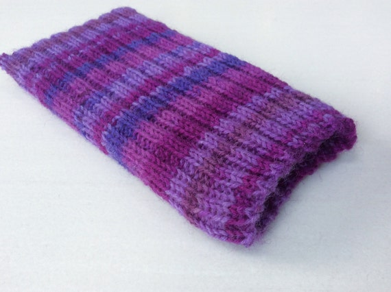 Knitting Pattern Phone Sock : Knitted iPhone sock for 7 6 or 6S smartphone cover case