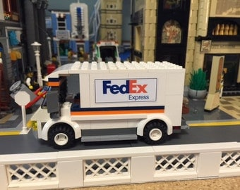 Custom Lego Fed Ex delivery truck for Lego City / modular train...Detailed!