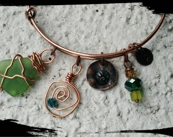 EMERALD GREEN - Aged Copper Adjustable Charm Bangle - Free Form Sea Glass from Isreal/Hand Wired & Hand Stamped Charms/Sea Glass Collection