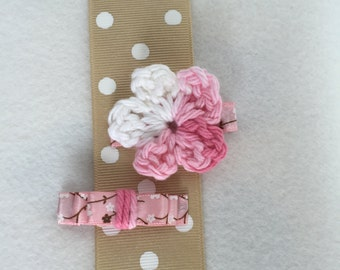 Baby pink hair clips