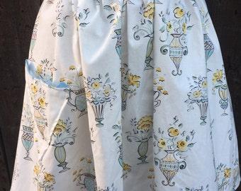 Vintage inspired elegant apron