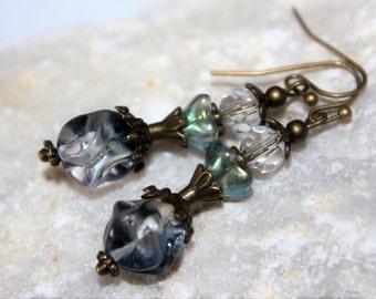 Vintage earrings, earing, pearl earrings, earrings with Czech glass beads, earrings, earrings, gift