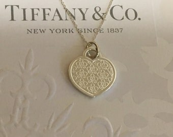 Authentic Tiffany & Co. Go Women Marathon Japan Heart Flower Necklace Silver