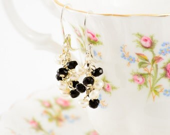 Sterling silver white pearl and onyx earrings