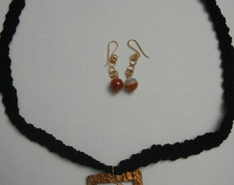 Bronze pendant necklace with Agate stone and Agate earrings