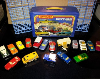 Matchbox Carry Case and 16 cars