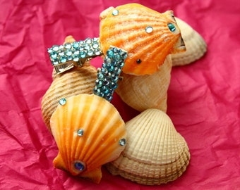 Seashell hair clips, mermaid hair accessories, mermaid shells, sparkly seashell, beach themed hair accessories, mermaid pa