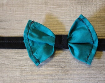 Cotton cat/small dog bow collar