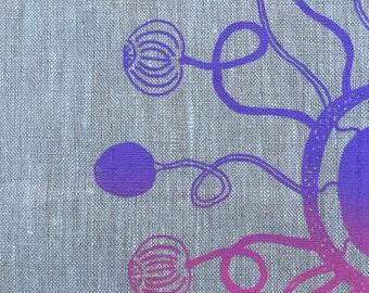 Tea towel Barrdjungka (Water Lilly) by Injalak Women Artists