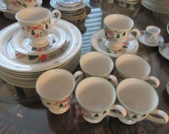 Sango Christmas dinner set dinner  8 plates 7 mugs and saucers + Tieshan gravy boat