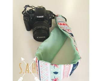 Aztec & Mint camera strap cover